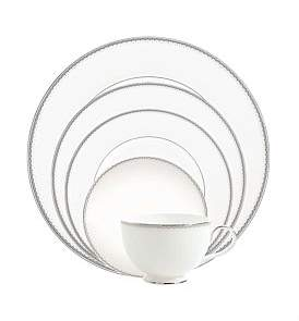 Monique Lhuillier Waterford Crystal Dentelle 5 Piece Place Setting