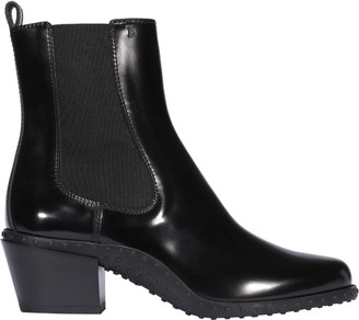 Tod's Tods Leather Ankle Boots