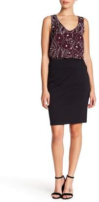 14th & Union Solid Front Seam Ponte Pencil Skirt (Petite)