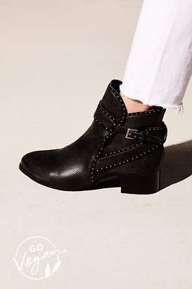 Matisse Vegan Silver Line Boot