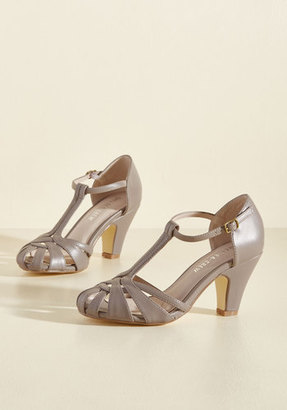 There Chic Goes T-Strap Heel in Mauve in 36 $41.99 thestylecure.com