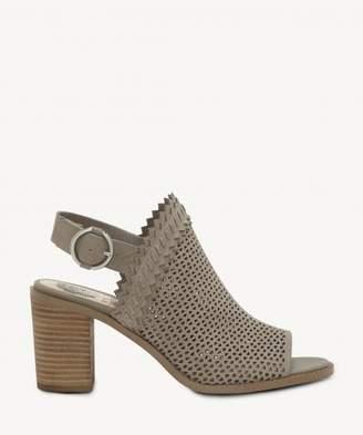 Sole Society TRICINDA Slingback Block Heel Sandal