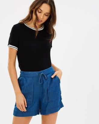 Jag Thea Tencel Shorts