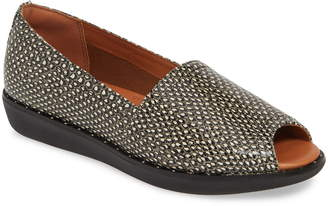 FitFlop Nadia Dotted Flat
