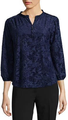 Liz Claiborne 3/4 Sleeve Split Neck Velvet Blouse