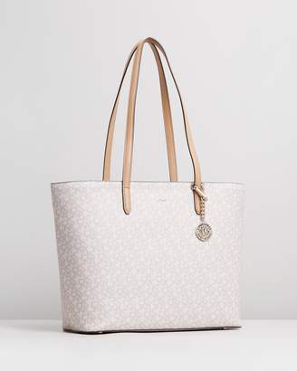 DKNY Bryant Logo Carryall Tote