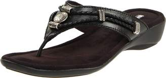 Minnetonka Women's Minnetonka, Silverthorne Thong Sandals
