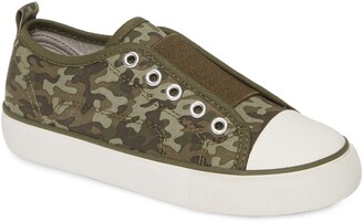 Tucker + Tate Laceless Low Top Sneaker