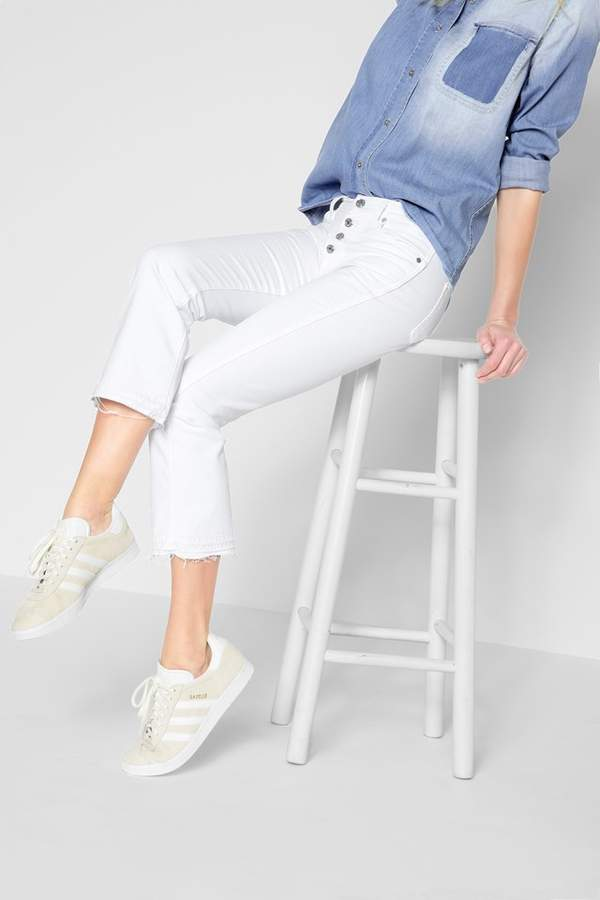 7 For All MankindCropped Boot With Released Hem In White Fashion