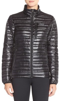 Women's Patagonia 'Ultralight' Down Puffer Jacket $299 thestylecure.com