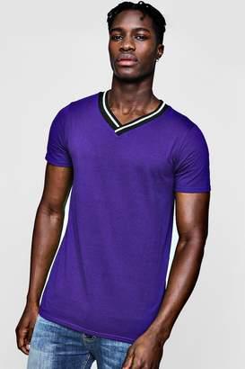 boohoo Sports Rib V-Neck T-Shirt