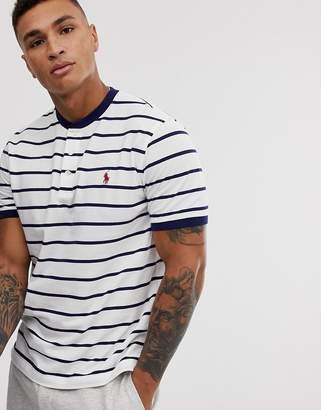 player logo stripe pique grandad t-shirt in white/navy