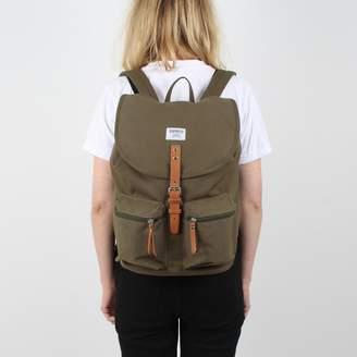 SANDQVIST Roald Multi-Pocket Backpack