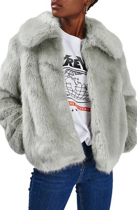 Women's Topshop Claire Faux Fur Coat $150 thestylecure.com