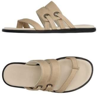 Vicini Toe post sandal