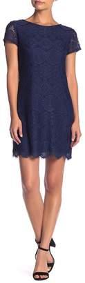 Laundry by Shelli Segal Lace Cap Sleeve Dress (Petite)
