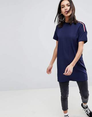 Noisy May Magic Oversized T-Shirt with Sports Tape Sleeves