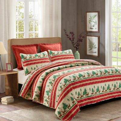 Rudolph Reversible Full/Queen Quilt Set in Red/Green