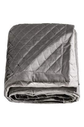 H&M Quilted Velvet Bedspread - Gray