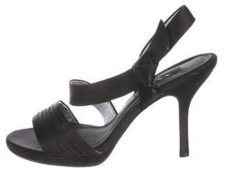 Nina Ricci Round-Toe Bow-Accented Sandals