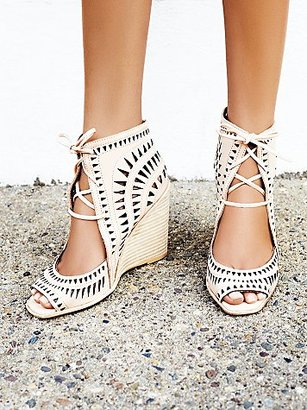 Free People Serena Wedge $145 thestylecure.com