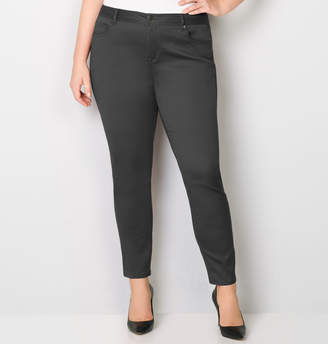 Avenue Butter Denim Skinny Jean in Grey