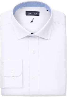 Nautica Men's Classic Fit Performance Poplin Spread Collar Dress Shirt
