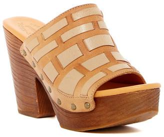 Kork-Ease Charissa Platform Sandal $165 thestylecure.com