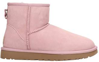 UGG Mini Classic Ii Low Heels Ankle Boots In Rose-pink Suede