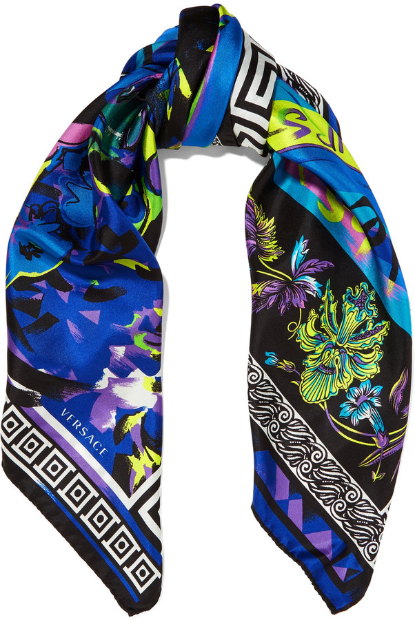 VersaceVersace Printed silk-satin scarf