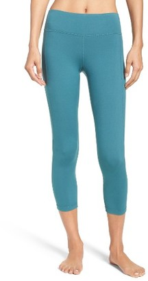 Women's Zella 'Keep It Cool' Crop Leggings $48 thestylecure.com