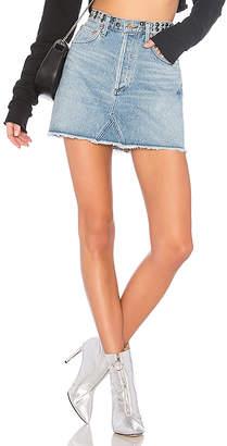 A Gold E AGOLDE Quinn Hi Rise Mini Skirt.