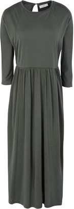 Minimum 3/4 length dresses