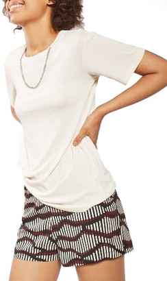 Women's Topshop Chain Tee $40 thestylecure.com