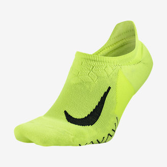 Nike Elite Cushioned No-Show Running Socks $16 thestylecure.com