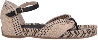 Paloma Barceló Toe strap sandals