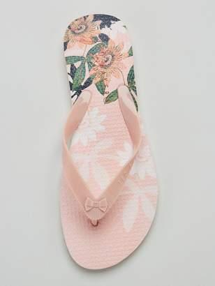 75833bef8 Ted Baker Flip Flops - ShopStyle UK