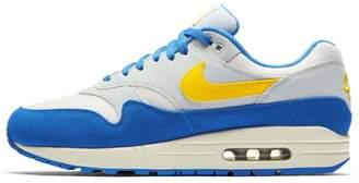 1 Men's Shoe