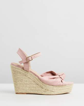 Spurr ICONIC EXCLUSIVE - Zahara Wedges
