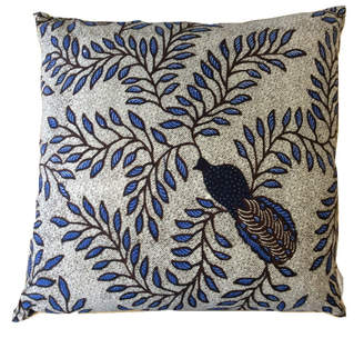 Textiil Peacock and Vines Pillow