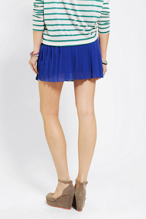 Sparkle & Fade Pleated Chiffon Mini Skirt
