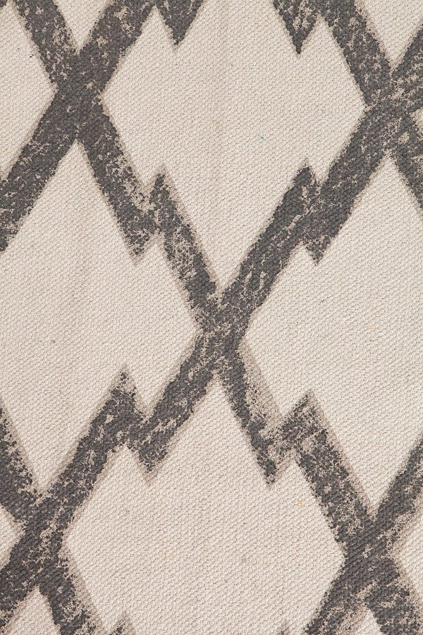 Urban Outfitters Magical Thinking Diamond-Stamp Handmade Rug