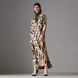 Burberry Graffiti Archive Scarf Print Silk Tie-neck Dress , Size: 04