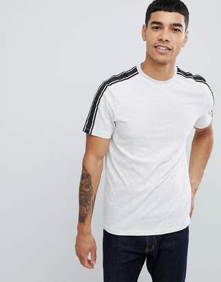 New Look t-shirt with arm stripe in gray