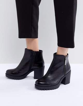 Vagabond Grace Polished Black Leather Ankle Boot with Side Zip