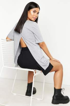 boohoo Petite Split Open Back T-Shirt