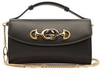 Gucci Zumi Logo Plaque Leather Cross Body Bag - Womens - Black