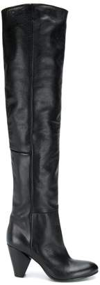 Strategia heeled knee boots