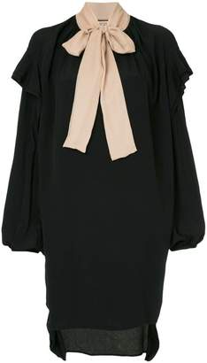 No.21 pussy-bow ruffled dress