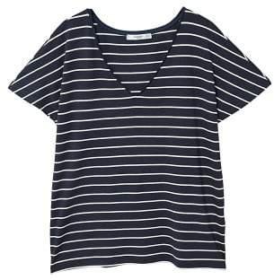 MANGO V-neckline essential t-shirt